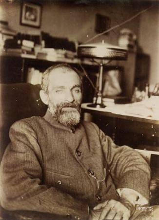 medium_chestov_1912.jpg